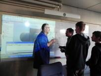 création des gargouilles avec les élèves chaudronniers , l'artiste et le professeur (2)