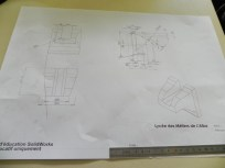 création des gargouilles avec les élèves chaudronniers , l'artiste et le professeur (8)
