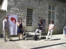 Gilles Bartoszek, directeur de la Cave coopérative de Monbazillac; Isabelle Pichelin directrice de l'Agence culturelle Dordogne-Périgord ; Erik Samakh ; Violaine Marolleau, responsable arts visuels, Agence culturelle Dordogne-Périgord