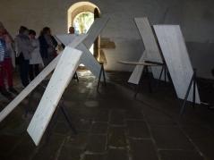 oeuvre de Catherine Melin dans la chapelle Notre Dame de Gelhouit