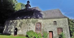 a-melrand-la-chapelle-notre-dame-de-gelhouit-4