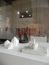 Exposition Dominique MARCHES, 2017 ; Vitrine 2