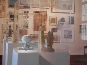Exposition Dominique MARCHES, 2017 ; Les Rives de l'Art, Château de Monbazillac ; les vitrines