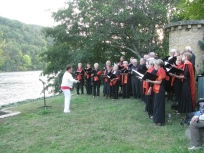 2017 chorale Méli Mélodie à Lalinde, près de l'oeuvre de Elvire BONDUELLE (4)