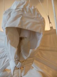 """2018 Exposition « RIEN D'IMPOSSIBLE » """"Expériences de vol"""" de Kristina Depaulis détail"""