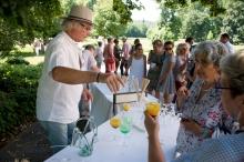 2018 accueil vernissage exposition Vincent Olinet au château de Campagne©Hugues (4)